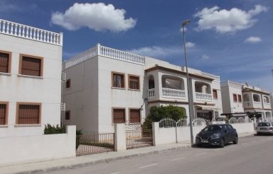 Apartment - Resale - Daya Vieja - Res. Carolina